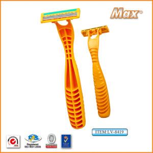 Triple Blade Stainless Steel Blade Disposable Shaving Razor (LA-8419) pictures & photos