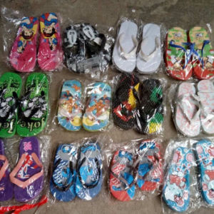 Selling Mix Styles Stock Children Size Flip Flops Stock Slipper (S1017-5) pictures & photos