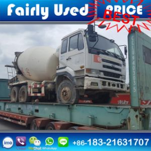 Loading Vietnam Used Nissan Ud Truck Mixer pictures & photos