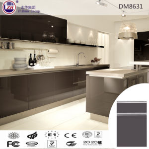Modern Kitchen Design Kitchen Cabinet with UV Door Panel pictures & photos