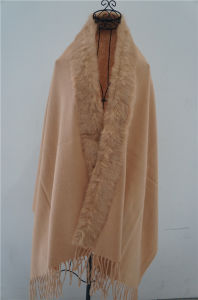 Woman Sheep Woolen with Rabbit Fur Shawl Fur Coat Large Size