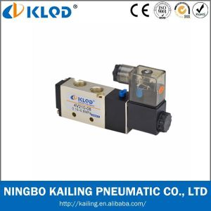 4V210-08 Pneumatic Valve/Two-Position Five-Way /Aluminum Alloy Pneumatic Solenoid Valve pictures & photos