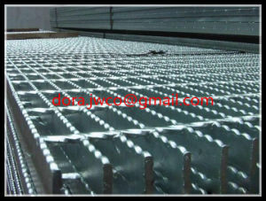 Hot Dipped Galvanized G325/30X100 Webforge Steel Grating pictures & photos