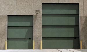 Vertical Lifting Counterweight Garage Door pictures & photos