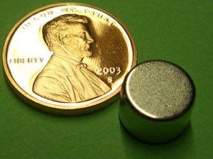 Sintered Neodymium Cylinder Magnet (UNI-CYLINDER-o11) pictures & photos