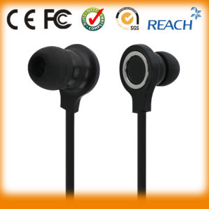 Flat Cable Headphones Stereo in-Ear Earphone pictures & photos