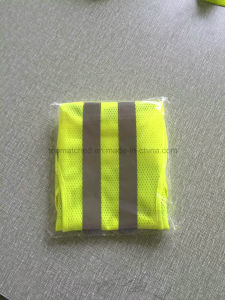 Free Sample Yellow Reflective Safety Running Vest for Road Safety Protection pictures & photos