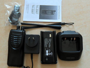 China Radio Supplier Tk-3207 Midland Walkie Talkie UHF with 16 Channels pictures & photos