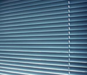 Aluminum Electric Venetian Blind pictures & photos