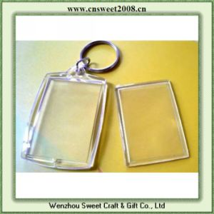 Clear Acrylic Photo Keychain (S0P061) pictures & photos