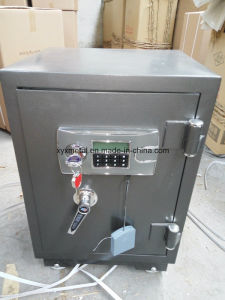 Mechanical Lock Safe pictures & photos