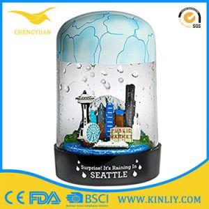 High Quality Resin Glass Snow Globe for Tourist Landscape Souvenir pictures & photos