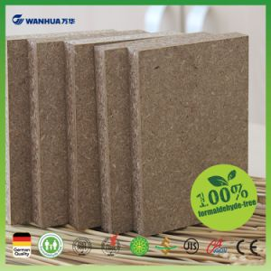 18mm Laminated Particleboard with High Moisture Proof pictures & photos