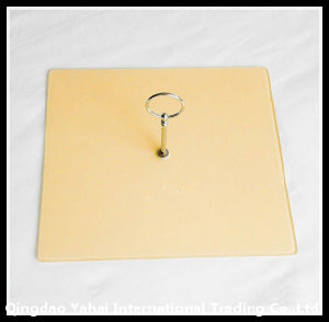 Square Shaped Tempered Glass Cutting Board with Handle pictures & photos