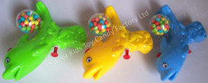Dolphin Water Gun Toy Candy (111102) pictures & photos