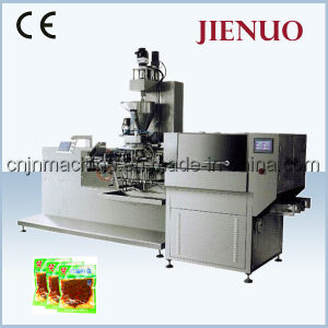 Automatic Vacuum Food Pouch Peanuts Packing Machine pictures & photos