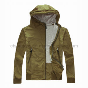 Fashion 100% Nylon Men′s Casual Jacket with Cap (PPE12ROLAND) pictures & photos