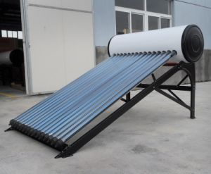 Integrated Heat Pipe Solar Water Heater pictures & photos