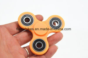 Anti Stress Hand Spinners with Mixed Color pictures & photos