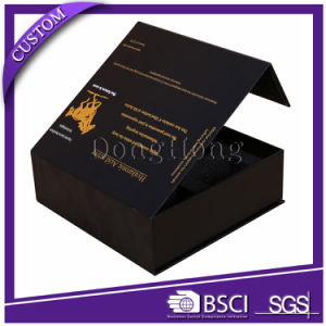 Luxury Design Rigid Perfume Gift Packaging Foldable Flat Box pictures & photos
