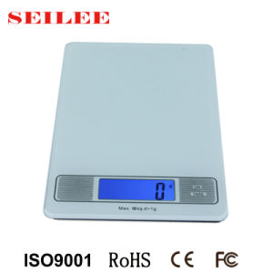Tempered Glass Platform 10kg Backlit Screen Digital Kitchen Scale with Clock Function pictures & photos