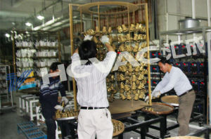 Ceramic Tiles/Cups/Plates Tableware Golden Color Plating PVD Coating Machine pictures & photos