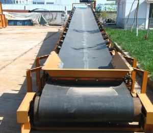 2012 New Type Large Capacity Rubber Belt Conveyor