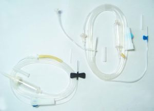 Disposabe Infusion Set pictures & photos