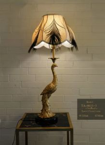 Home Decorated Classic Brass Table Lamps (TA-0611-1) pictures & photos