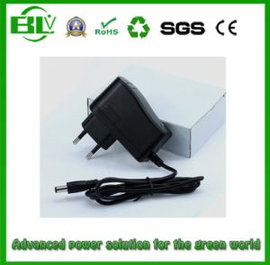 Cheap Price 4.2V 0.5A/1A Battery Charger for Li-ion Lithium Battery Pack of Power Bank pictures & photos