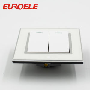 Manufacturer Price 250V/10A 86*86*37mm Electrica Wall Switch and Socket pictures & photos