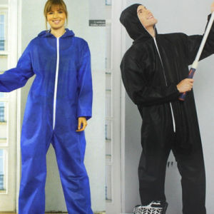 Disposate Non Woven SMS Jump Suit/Protective Suit/ Coverall with Hat and Boot pictures & photos