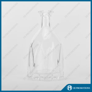 700ml Wine Glass Bottle for Whisky (HJ-GYTN-C01) pictures & photos
