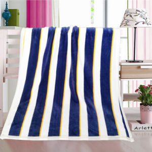 Stripe Printed Kids Wrap Blanket pictures & photos