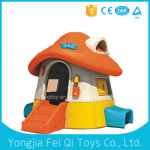 Outdoor Kid Toy Plastic Playhouse Dollhouse3 pictures & photos