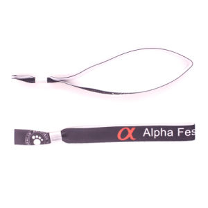 High Quality Wholesale Festival Woven Wristband pictures & photos