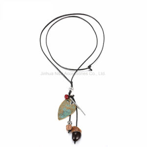Fashion Ethnic Vintage Charms Heart Necklace & Pendant Women Wood Antique Bronze Plated Rope Chain Jewelry pictures & photos