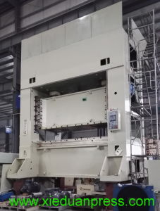 Auto Window Parts Metal Stamping Taiwan Std-800ton Power Press pictures & photos