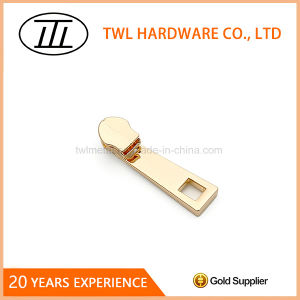 Customized Puller Metal Zipper Puller for Clothing/Bags/Handbag pictures & photos