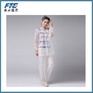 Colourful Hooded PVC Raincoat for Woman/Men pictures & photos