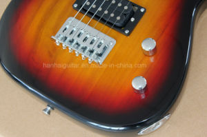 Hanhai Music/Hot Sale St Style Electric Guitar with Bag and Audio pictures & photos