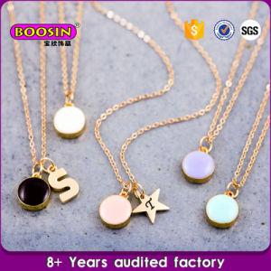 Wholesale High Quality Zinc Alloy Engrave Letter Pendant Necklace pictures & photos