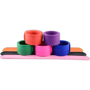 Promotional Factory Directly Customized Logo Printed Silicone Slap Wristband for Event pictures & photos