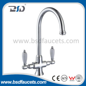 Hot Sale Double Cremic Handle Brass Kitchen Faucets UK Market pictures & photos