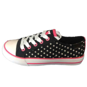 New Fashion Cheap Quality Promotional Purple/Pink Canvas Shoes Sneaker pictures & photos