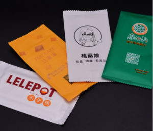 Hotel Disposable Wet Tissue/ Restaurant Wet Napkin pictures & photos