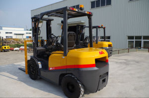 Promotional Price 3ton Mitsubishi Diesel Forklift with CE pictures & photos