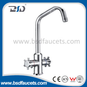 Single Hole Long Neck Deck Mounted Kitchen Faucet pictures & photos