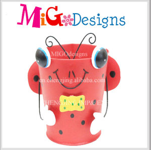 Dog Shaped Metal Planter Quality Control Service pictures & photos