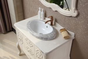 Imported Oak Wood Sanitary Ware Bathroom Furniture pictures & photos